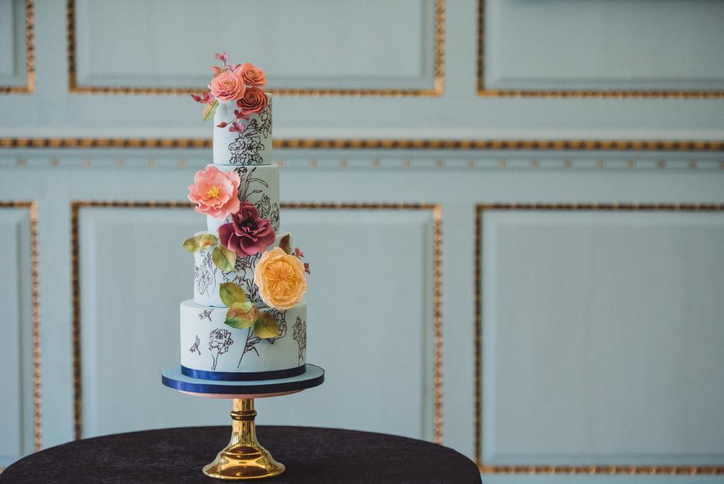 Bluebell Kitchen Handprinted Silhouette on Blue Wedding Cake