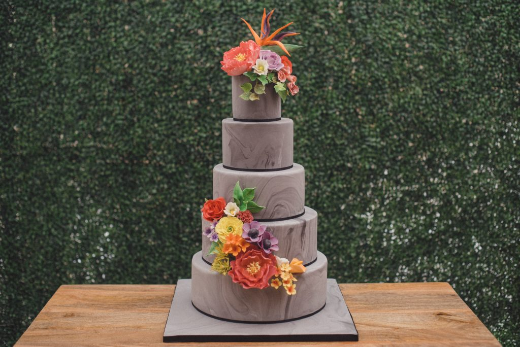 Bluebell-Kitchen-Tropical-Grey-Marble-wedding-cake-wide-shot