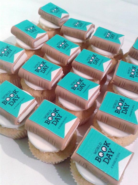 World Book Day mini edible book cupcakes