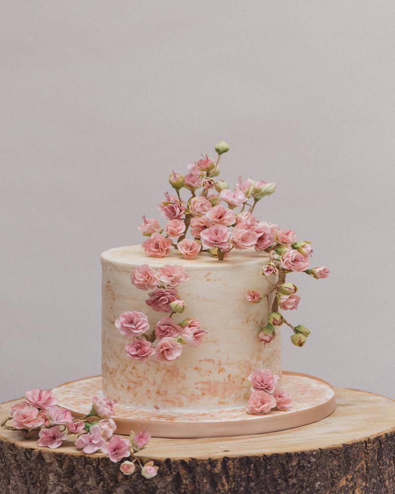 SIngle Tier Textured Cherry Blossoms Wedding Cake