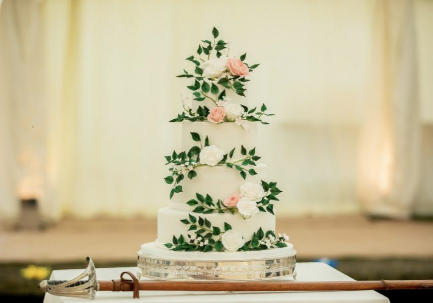 Bluebell-Kitchen-Kent-wedding-cake-statement-wedding-cake